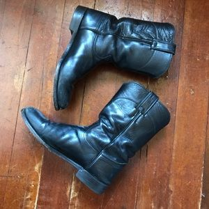 SOLD! DP Justin Black Leather Booties